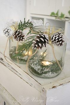 Christmas in a jar. Perfect for a winter/Christmas table Christmas Lanterns, Noel Christmas, Country Christmas, All Things Christmas, Winter Christmas, Elegant Christmas, Cottage Christmas, Beautiful Christmas, Woodland Christmas