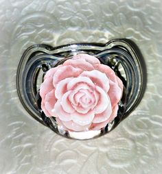I got these cute pacifiers for my baby girl Twin Outfits, Girl Outfits, Train Like A Beast, Future Baby, Future Daughter, Light Pink Rose, Baby On The Way, Little Princess, Baby Items