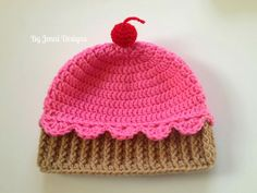 By Jenni Designs: Youth Size Crochet Cupcake Hat, free pattern