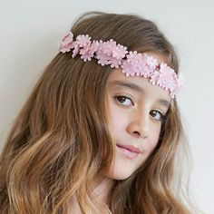 The Daisy Fields Hair Garland by Sienna Likes to Party - Designer Accessories for Children. Hair Garland, Girls Hair Accessories, Girls Jewelry, Luxury Girl, Flower Girl Hairstyles, Dress Sash, Fabulous Dresses, Little Girl Fashion, Designer