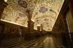 Private tour of Vatican in Le Vatican, Vatican Library, Slate, To Go, World, Bookstores, Ceilings, Times, Reading