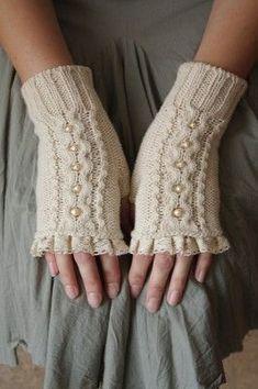 Fingerless Knitting Gloves Models – Knitting Ideas – The Best Ideas Fingerless Gloves Knitted, Crochet Gloves, Knit Mittens, Knitted Hats, Knit Crochet, Loom Knitting, Hand Knitting, Knitting Patterns, Knitting Ideas
