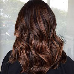 espresso brown hair with cinnamon, mocha soft balayage Mocha Brown Hair, Mocha Hair, Chocolate Brown Hair, Matrix Hair Color, Hair Color And Cut, Brown Hair Colors, Blond Beige, Cinnamon Hair Colors, Balayage Hair