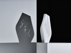 The Interstice Vase #3DPrinted. Know all about it  - http://designdaily.in/the-interstice-vase-from-alessandro-isola-studio/