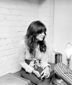 Linda Ronstadt, 1970s.- Made my heart go pitter-patter.