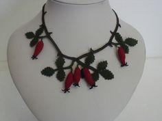 collana seta bacche di rosa colore rosso - silk necklace
