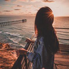 Alec Basanec photography discovered by Narmin Summer Photography, Girl Photography Poses, Ocean Photography, Summer Pictures, Beach Pictures, Jolie Photo, Summer Vibes, Summer Beach, Summer Sunset