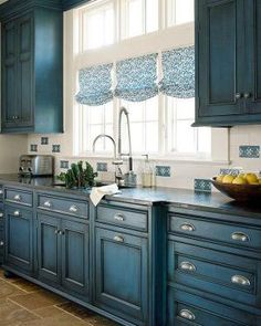 Uplifting Kitchen Remodeling Choosing Your New Kitchen Cabinets Ideas. Delightful Kitchen Remodeling Choosing Your New Kitchen Cabinets Ideas. Kitchen Ikea, Farmhouse Kitchen Cabinets, Kitchen Redo, New Kitchen, Kitchen Countertops, Kitchen Backsplash, Blue Kitchen Ideas, Kitchen Black, Distressed Kitchen Cabinets