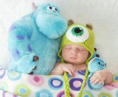Crochet Mike Wazowski Monsters Inc newborn photography prop www.facebook.com/thestitchpoet
