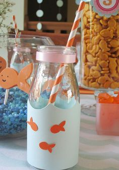 a pink goldfish party: Adorable goldfish drink bottles 1st Birthday Themes, 2nd Birthday, Birthday Parties, Ocean Party, Shark Party, Goldfish Party, Jar Gifts, Pirate Party, Childrens Party