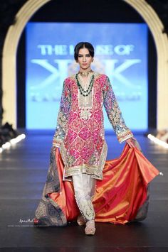 Beautiful Wedding Suit by House of Kamiar Rokni Garara Pakistan at PFDC L'Oreal Bridal Fashion Week (Oct) secret models models Pakistani Outfits, Indian Outfits, Indian Attire, Indian Wear, Eastern Dresses, Bridal Fashion Week, Party Fashion, Bridal Dress Design, Sari