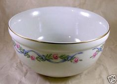 Superior Hall Wildfire Medium Nesting Batter Bowl Blue Ribbon Pink Floral Hall Pottery, Antique Stores, Blue Ribbon, Vintage Items, Medium, Antiques, Tableware, Floral, Pink