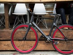 Vanhawks : le vélo connecté pour pédaler en toute sécurité