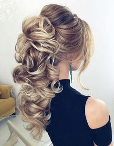 Beautiful wedding hairstyle for long hair #weddinghairstyles