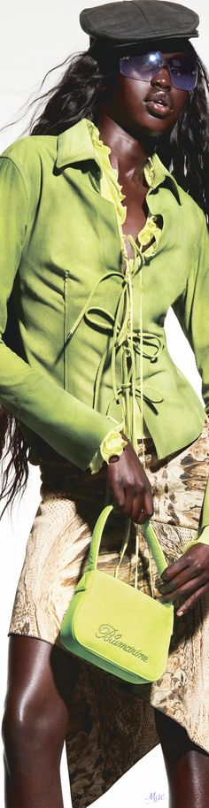 Resort 2022 Blumarine Classy People, High Fashion, Womens Fashion, Out Of Style, Love And Light, Color Themes, Olive Green, Going Out, Peplum Dress