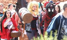 Manchester MCM Comic-Con 2015 - Harley Quinn and Carnage Cosplay