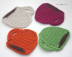 [Free Pattern] Fun Crochet Coffee Mug Coasters That Would Be Perfect For Hostess Gift - Knit And Crochet Daily ༺✿ƬⱤღ http://www.pinterest.com/teretegui/✿༻
