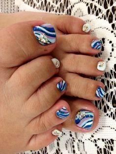 30 toe nails ideas for summer 2019 024 Pedicure Nail Art, Pedicure Designs, Toe Nail Art, Pedicure Ideas, Blue Pedicure, Nail Ideas, Garra, Love Nails, Pretty Nails