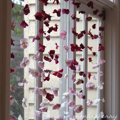 A flower curtain: silk hydrangeas, separated, hung on invisible thread, placed in windows. Window Box Flowers, Fake Flowers, Beaded Flowers, Silk Flowers, Flower Petals, Outdoor Wedding Decorations, Diwali Decorations, Flower Decorations, Wedding Centerpieces