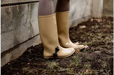 Cents of Style Rain Boots Surprise Steal 75% off today on #sheSTEALS