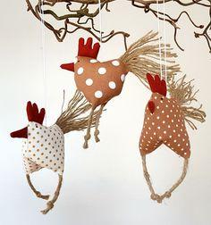 Deko-Objekte - Osterdeko 3 Hühnchen Huhn Hühner braun dots - ein Designerstück von uggla-deko bei DaWanda