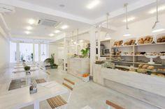es un nuevo concepto de panadería y cafetería que abrió hace unos meses su segundo local en Madrid. Se trata de un espacio donde degustar productos naturales, artesanos y elaborados con…
