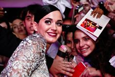 Katy taking her time with the fans!