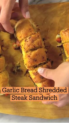 Fun Baking Recipes, Cooking Recipes, Comida Diy, Garlic Bread, Diy Food, I Love Food, Beef Recipes, Baked Salmon Recipes, Appetizer Recipes