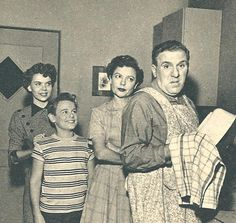 William Bendix, Life of Riley, 1954 My Childhood Memories, Best Memories, Classic Tv, Classic Movies, Old Shows, Television Program, Vintage Tv, Old Tv, The Good Old Days