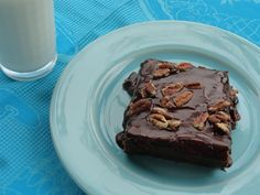 My Mom used to make the best brownies in Texas! Oh my GOSH! They were soooooooooooooo good! All four of us kids loved her brownies so much! So I am going to share her recipe with all of you. (Here it is...they should be in the TEXAS hall of fame!!!) LOL!