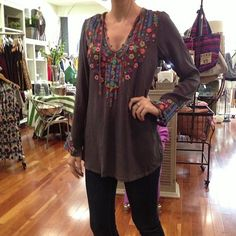 johnny was embroidered top (washable silk) + 7fam skinnies.
