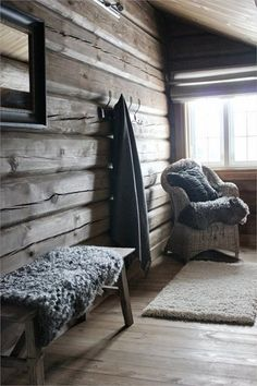 home renovation before and after Chalet Interior, Interior Exterior, Cottage Living, Cozy Cottage, Scandinavian Cabin, Modern Log Cabins, Luxury Modern Homes, Lodge Style, Log Cabin Homes