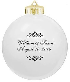 Inexpensive Ornament Wedding Favors Acrylic Flat Personalized Ornaments With The Name Of Bride And Groom