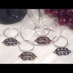 Dazzling Divas collection lips wine charms $1.50