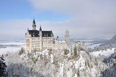 Castillo de Neuschwanstein en Bavaria, Alemania...(winter)TAKE ME THERE TONIGHT!!