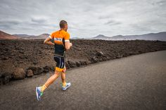 Extrem running by Victor del Corral in Lanzarote http://es.inverseshop.com/running