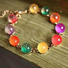 Caramelo color brillante poliedro cuentas pulsera brazalete de joyería para las niñas mujeres damas