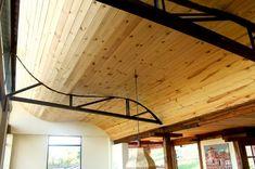Techo de madera onudulado Track Lighting, House Plans, Villa, Ceiling Lights, Architecture, Interior, Home Decor, San Diego, David