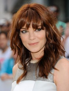 Michelle Monaghan Plastic Surgery Before and After - www. - - Michelle Monaghan Plastic Surgery Before and After – www. Hair Color Auburn, Auburn Hair, Hair Colour, Red Color, Wavy Haircuts, Hairstyles With Bangs, Medium Hair Styles, Curly Hair Styles, Super Hair