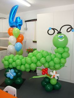 Bees, ladybugs, butterflies, jungle animals and other critters are a Party Fiesta Balloon Decor specialty!   www.partyfiestadecor.com