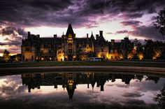 Loe this picture!  One of my fave places and just a fantastic shot!  Biltmore House, Asheville NC