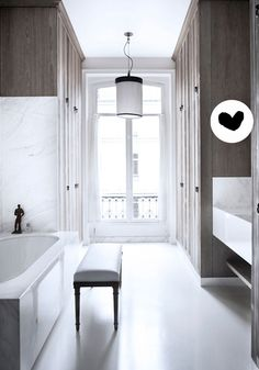 BODIE and FOU★ Le Blog: Inspiring Interior Design blog by two French sisters: {This week, I loved...} | Beautiful Parisian apartment