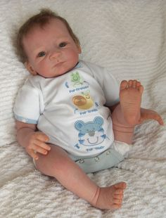 Life Like Baby Dolls | ... on fingers and toes are painted so they look like a real baby's nails Real Looking Baby Dolls, Life Like Baby Dolls, Life Like Babies, Real Baby Dolls, Realistic Baby Dolls, Cute Baby Dolls, Cute Babies, Reborn Dolls, Reborn Babies