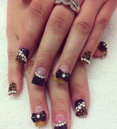Cheetah Bow Nails