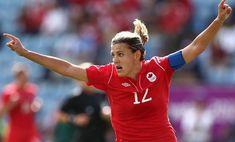 Canadian football star Sinclair named winner of Lou Marsh Award - Inside World Football World Cup Schedule, Female Soccer Players, World Football, Women's Football, Canadian Football, European Soccer, Women's World Cup, Team Usa, Canada