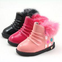 Boots da bé gái phối lông, họa tiết chấm bi, màu sắc thời trang