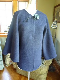 How to make a circle cardigan type poncho. The pattern instructions are on the web page.