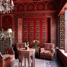 Repost From: @elledecor Home of: @ysl 📸: @miguelfloresvianna #thevibrantinterior #andreaschumacherinteriordesigner #denverinteriordesigner #santabarbarainteriordesigner #palmbeachinteriordesigner Moroccan Decor Living Room, Moroccan Bedroom, Moroccan Interiors, Bedroom Red, Moroccan Design, Moroccan Style, Villa, Design Marocain, Yves Saint Laurent