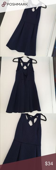 Navy Emerald Sundae Dress SZ 9 Navy Emerald Sundae Dress SZ 9. Worn once Emerald Sundae Dresses