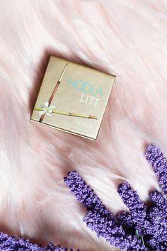 benefit hoola lite bronzer / best bronzer for pale skin / #makeup #beauty #makeupproducts / benefit cosmetics